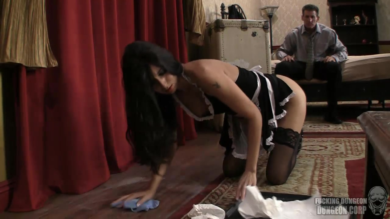 Wife Gets Fucked Strapon